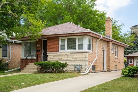 503 50th Ave, Bellwood, IL 60104
