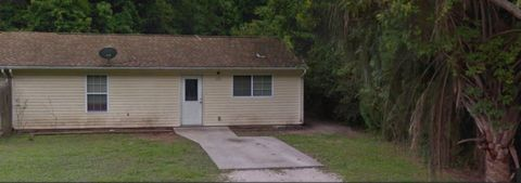 242 W Dawson Ave, Kingsland, GA 31548