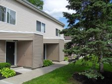151 Tall Oaks Dr, Middletown, NY 10940