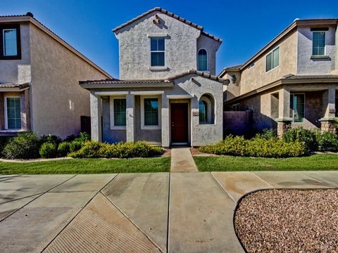 5212 W Albeniz Pl, Phoenix, AZ 85043