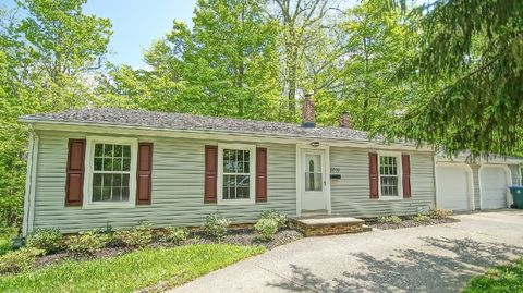 3809 Wiltshire Rd, Moreland Hills, OH 44022