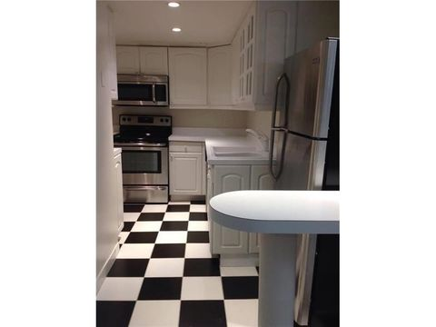 200 Se 15th Rd Apt 15 I, Miami, FL 33129