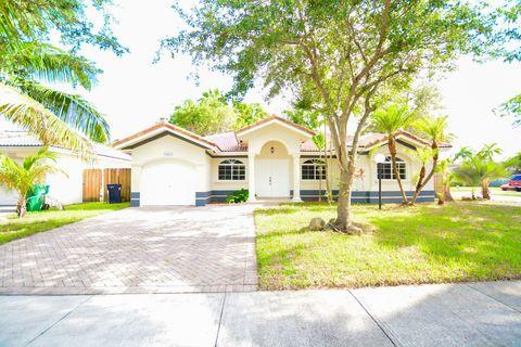 14888 Sw 180th St, Miami, FL 33187