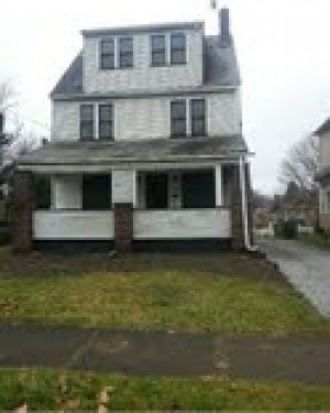 112 Halls Heights Ave, Youngstown, OH 44509