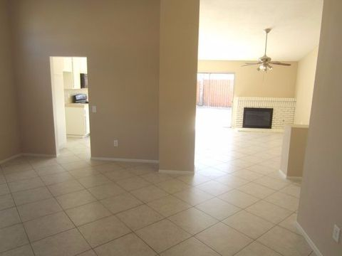 29086 Palm View St, Lake Elsinore, CA 92530