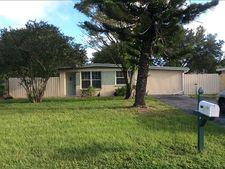 8377 95th Ter, Seminole, FL 33777-2902