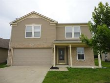 8441 Wheatfield Dr, Camby, IN 46113