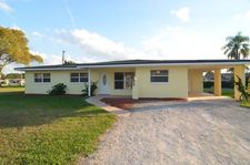 406 E Bougainvillea Rd, Lehigh Acres, FL 33936