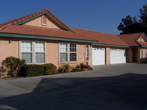 1714 E Bardsley Ave, Tulare, CA 93274