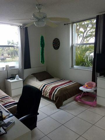 8301 Sw 142nd Ave Apt B209, Miami, FL 33183