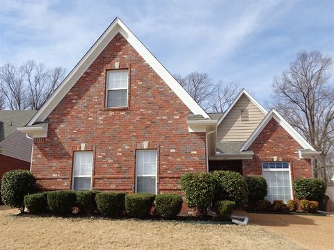 679 Classic Dr S, Hernando, MS 38632