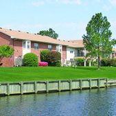 2540 Holly Point Blvd, Chesapeake, VA 23325