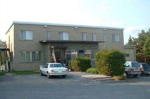 143 School St, Madawaska, ME 04756