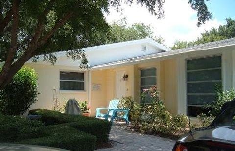 783 Birdsong Ln, Sarasota, FL 34242