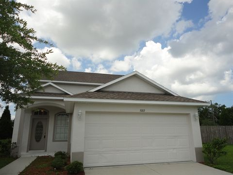 1003 Windton Oak Dr, Ruskin, FL 33570