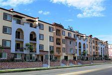 22100 Erwin St, Woodland Hills, CA 91367