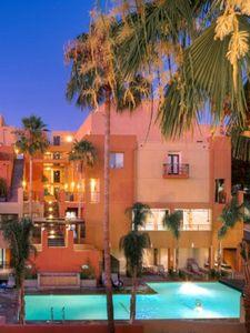 20544 Ventura Blvd, Woodland Hills, CA 91364