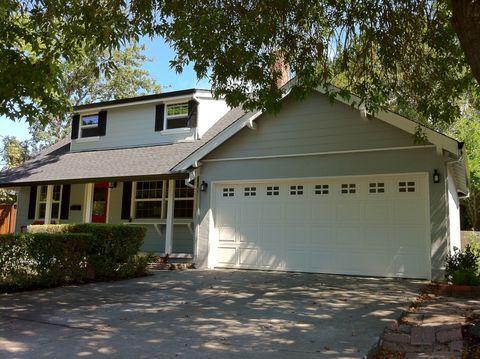 240 Cobblestone Dr, San Rafael, CA 94903