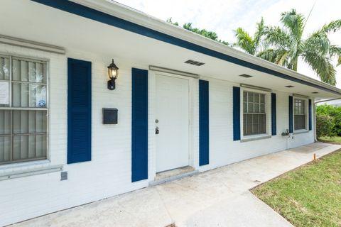 805 Fairhaven Dr, North Palm Beach, FL 33408