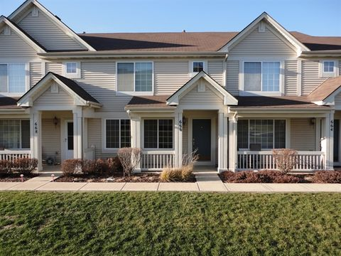 666 Lincoln Station Dr, Oswego, IL 60543