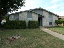 5004 Nash Dr, The Colony, TX 75056