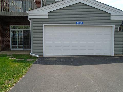 8215 Primrose Ln, Fox Lake, IL 60020