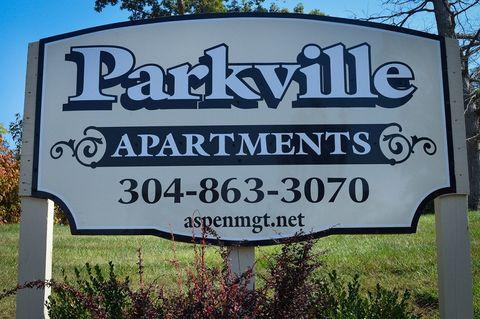 35 Parkville Dr, Parkersburg, WV 26101