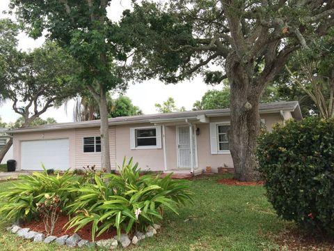 115 Esther Dr, Cocoa Beach, FL 32931