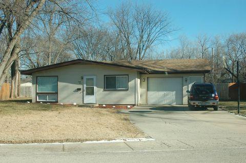 44 Hampton Rd, Montgomery, IL 60538