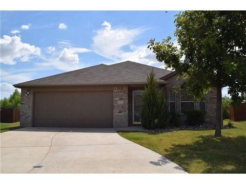 16301 Severn Ln, Fort Worth, TX 76247
