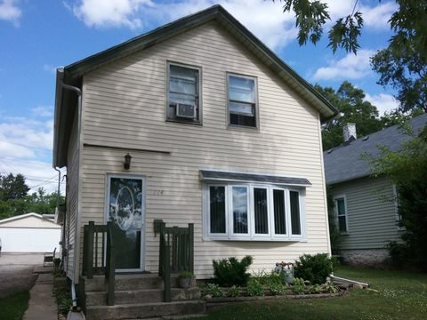 114 Akin Ave, Joliet, IL 60433