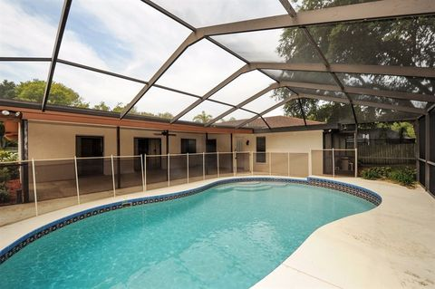 500 Hadley Dr, Palm Harbor, FL 34683