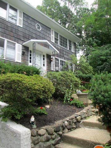 32 Oakwood Rd # 2 Ndfl, Huntington, NY 11743