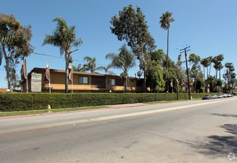 10800 Wright Rd, South Gate, CA 90280