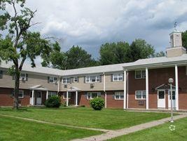 640 838 Windsor Ave, Windsor, CT 06095