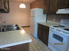 622 N Garfield Ave Apt 4B, Schuylkill Haven, PA 17972