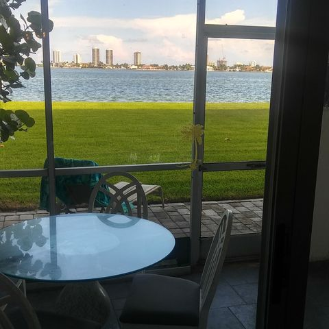 501 Lake Shore Dr Apt 103, Lake Park, FL 33403