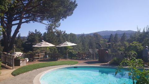 24500 Voorhees Dr, Los Altos Hills, CA 94022