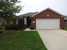 2112 Rain Lily Ct, Pearland, TX 77581