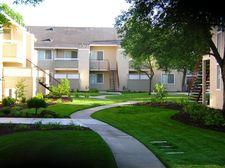 1900 Oakdale Rd, Modesto, CA 95355