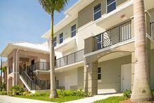 1517 Cameron Samuel Lane, West Palm Beach, FL 33401