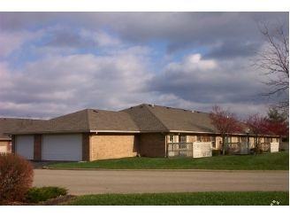 1259 Muirwood Dr, Zanesville, OH 43701