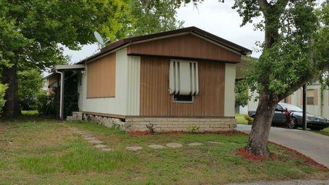 36107 Begonia Ave, Zephyrhills, FL 33541