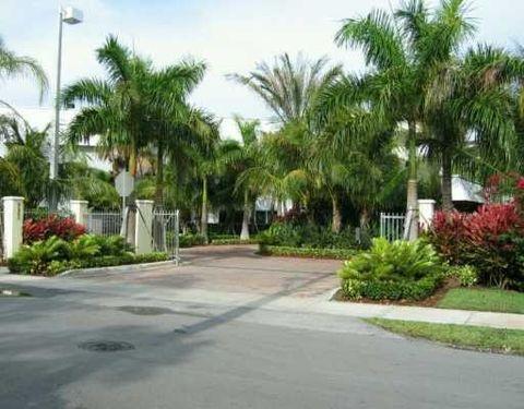 8950 Sw 69th Ct, Miami, FL 33156