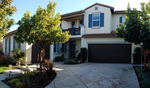 94 N Echo Park Ct, Tracy, CA 95391