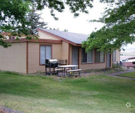 2700 Sw Goodwin Ave, Pendleton, OR 97801