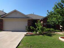 1524 Canary Dr, Little Elm, TX 75068