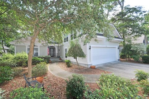 810 Morrall Dr, North Myrtle Beach, SC 29582