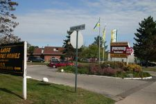 957 N Perry St, Pontiac, MI 48340