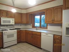 622 N Garfield Ave Apt 2D, Schuylkill Haven, PA 17972